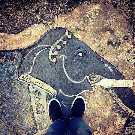 Nehru Park: Pintura no chão
