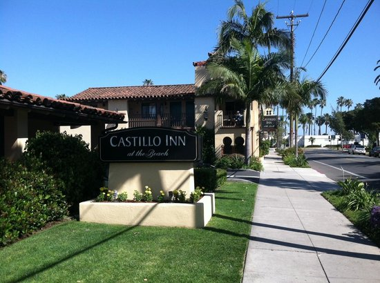 Castillo Inn at the Beach: Outside