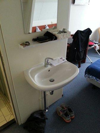 Hotel De Ruyter : 2de verdieping kamer 41
