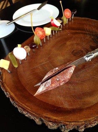 Het Gouden Kalf: Italian sausage as starter