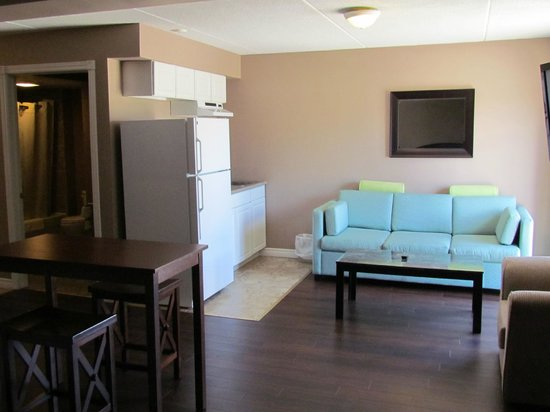 Super 8 Cambridge/Kitchener/Waterloo Area : Suite