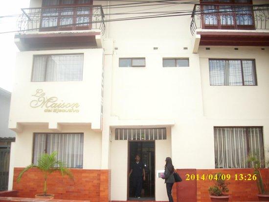 Hotel Frances La Maison: Fachada del Hotel