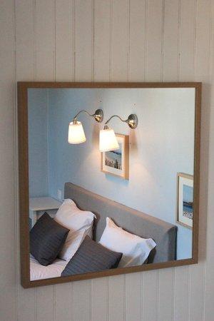 Hôtel Saint-Michel : Chambre Double - Double Bedroom