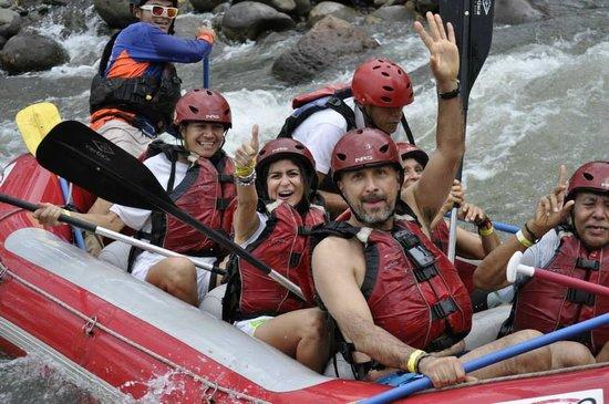 Desafio Adventure Company: White Water Rafting down Rio Balsa