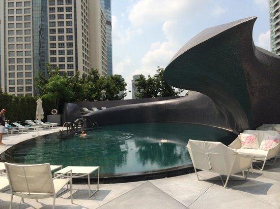 W Bangkok: 泳池