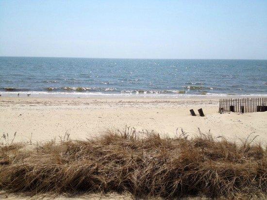 Beach House Inn: Private Beach
