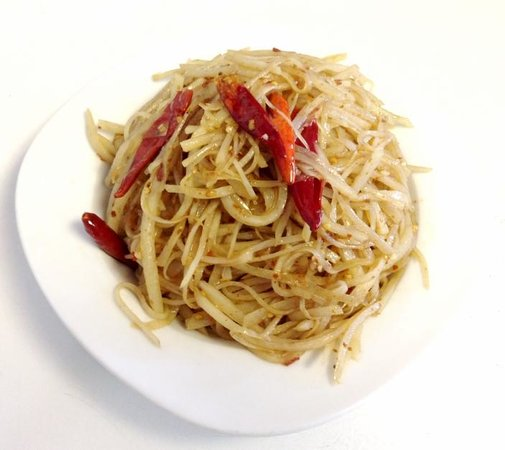 NORTH CHINESE STYLE HOT & SOUR SHREDDED POTATO