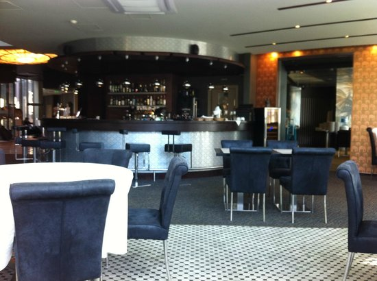 Rixwell Elefant Hotel: Bar area