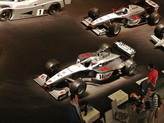 Mercedes-Benz Museum: Neuzeit