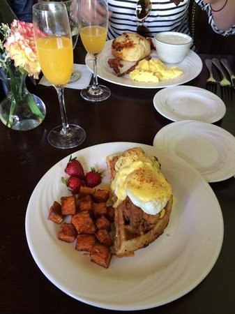 Wisteria Southern Gastropub: Chicken and waffle benedict.