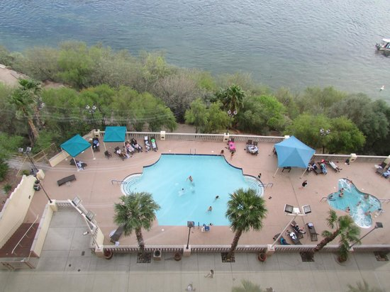 Harrah's Laughlin : all ages pool