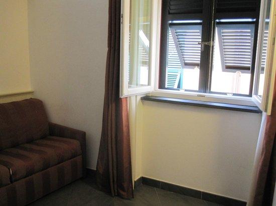 Hotel Margherita : Junior suite: living area