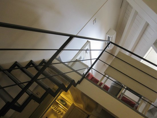 Hotel Margherita : Junior suite: Looking up at the loft