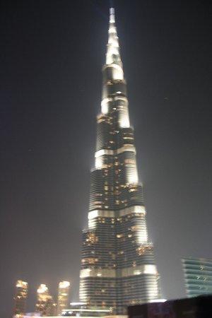 The Dubai Mall : MAIOR PREDIO DO MUNDO
