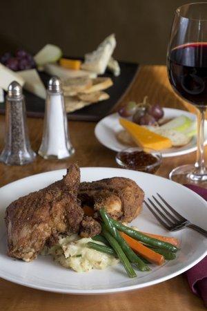 The Golden Lamb Restaurant: Golden Lamb Fried Chicken