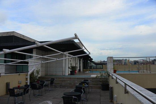 NH Lisboa Liberdade: roof terrace