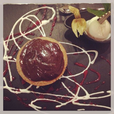 Ristorante Milano 37: Tortino cioccolato e crema in diretta dal Milano37! Buon appetito!