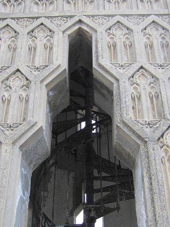 Villa Crespi : particolare del minareto con scala a chiocciola