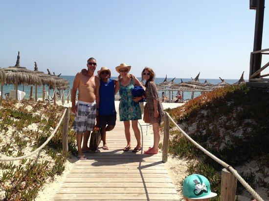 Hôtel Riviera Resort : Lovely beach