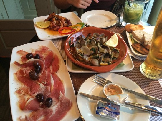 The Square: Seafood heaven