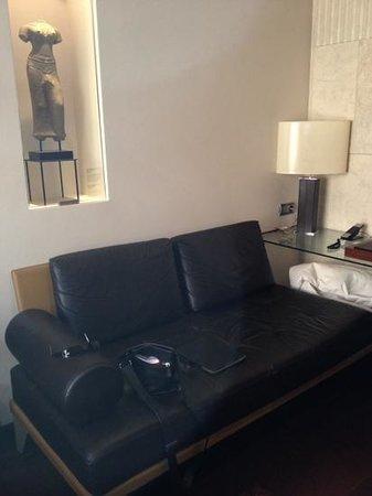 Hotel Urban: seating area