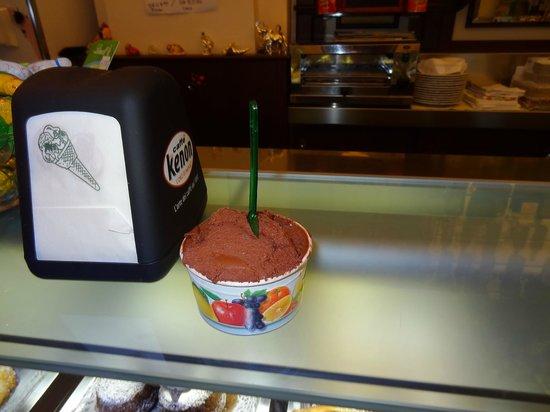 Gelateria Il Duomo Sorrento: Cup of chocolate...yummy!