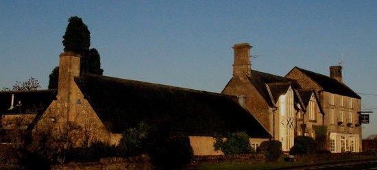 Merrymouth Inn: side