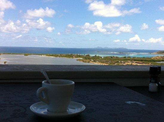 Paradise View : Vue sur St Bart....