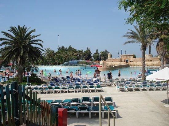 PortAventura : piscine a vague