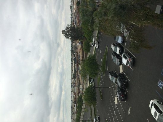 SpringHill Suites Bakersfield: View from a front-facing, 4th floor room.