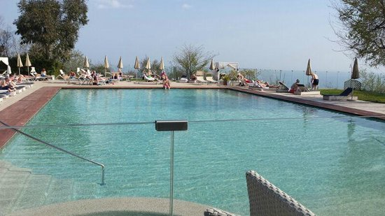 Tui Sensimar Grand Hotel Nastro Azzurro : The pool