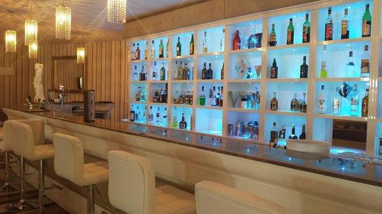 Tui Sensimar Grand Hotel Nastro Azzurro : The fantastic bar area
