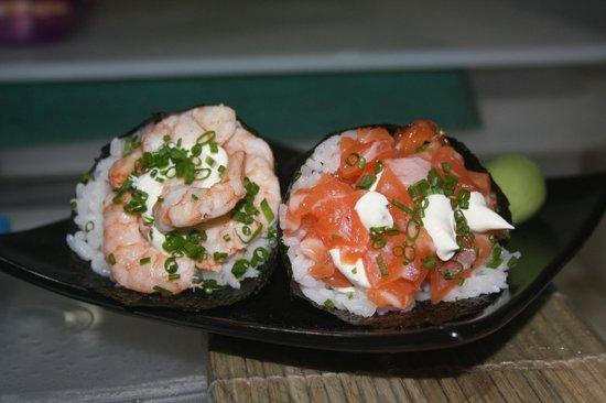 temakis sushi soul foto de sushi soul praia do rosa tripadvisor. Black Bedroom Furniture Sets. Home Design Ideas