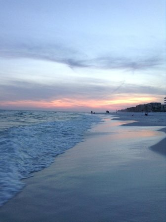 Wyndham Garden Fort Walton Beach Destin: sunset