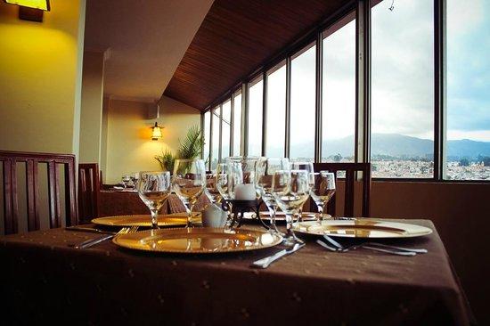 Hotel Presidente: Mesa con Vista al Centro Histórico - Restaurante Los Faroles