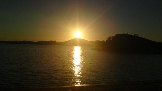 La Plaza: Naxos' summer sunset