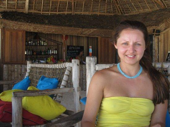 Ndame Beach Lodge Zanzibar : В баре прохлада и уют