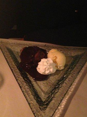 La Cigale D'argent: Ice cream dessert