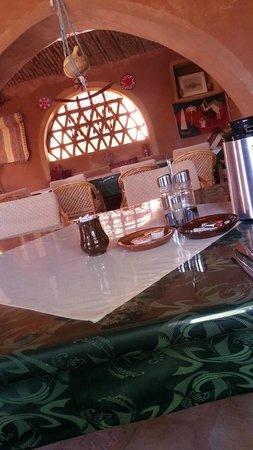 Eskaleh Nubian Ecolodge: inside dining area