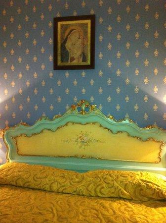 Villa San Lorenzo Maria Hotel: Nice Decor!