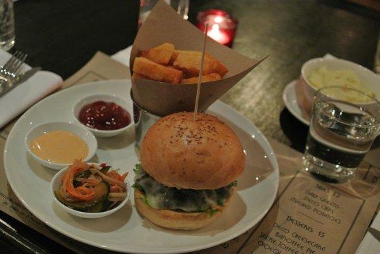 Deco : Wasabi burger pretty good !