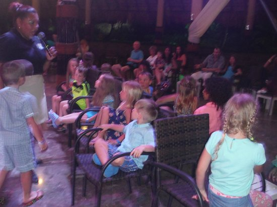 Sirenis Punta Cana Resort Casino & Aquagames: nightly kids entertainment
