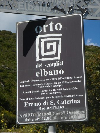 Villa of San Martino : Sign to the Saint Catherine's