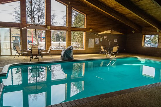 AmericInn Hotel & Suites Apple Valley: Indoor pool, whirlpool and sauna