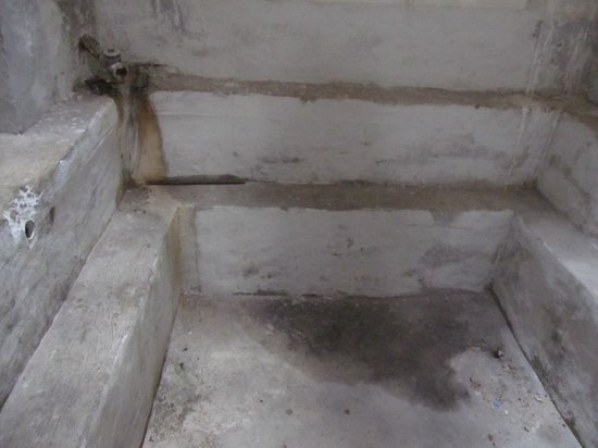 Hamamni Persian Baths : Емкость для дождевой воды