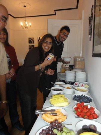 Stoneridge Guest House: Breakfast & Dining Room