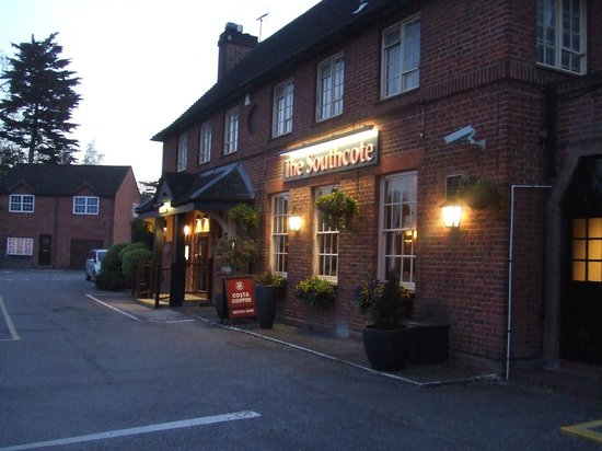 The Southcote Beefeater: Entrance