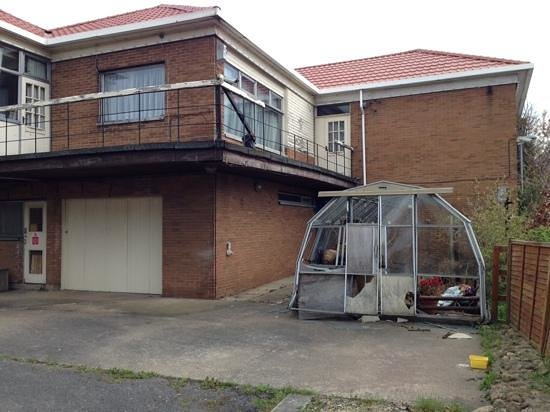 Lodge At Leeming Bar : greenhouse
