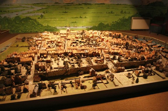 Rye Heritage Centre: Model of Rye town in olden days