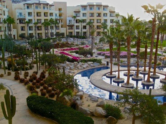 Pueblo Bonito Pacifica Golf & Spa Resort: The inner courtyard